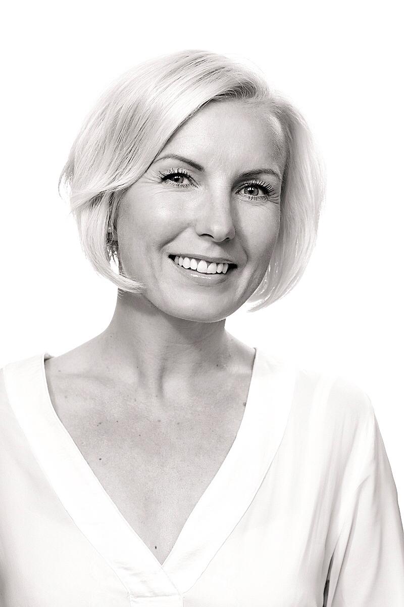 Helena Korte : Managing Director