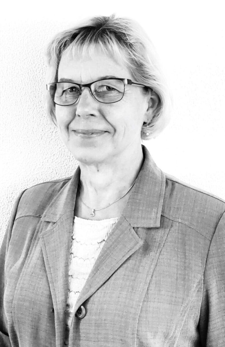 Anita Kuvaja : Head of Registration & Quality
